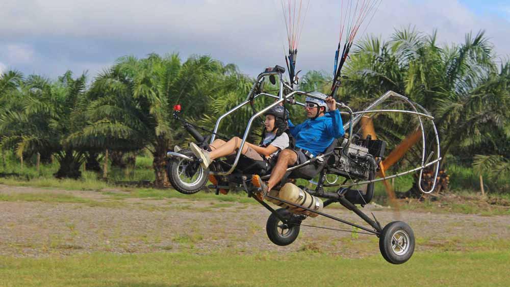 Paragliding Costa Rica Tandem Flights - Pura Vida